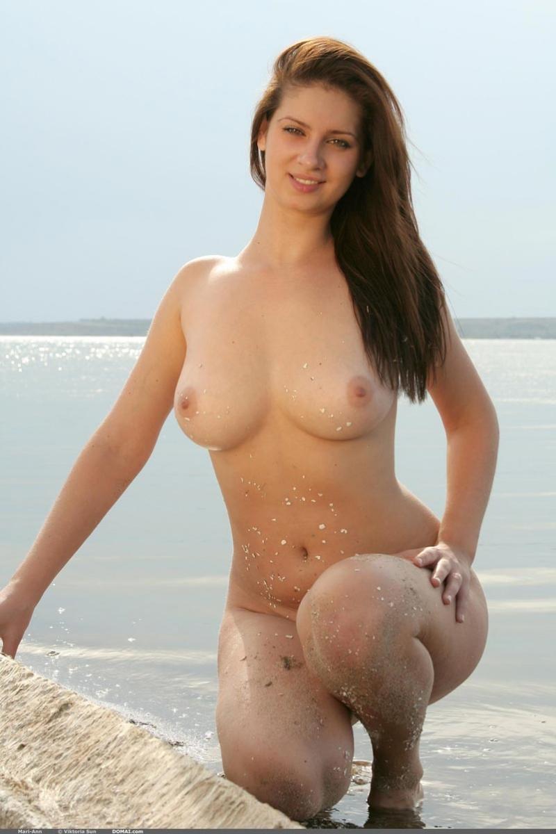 Naked bear chubs