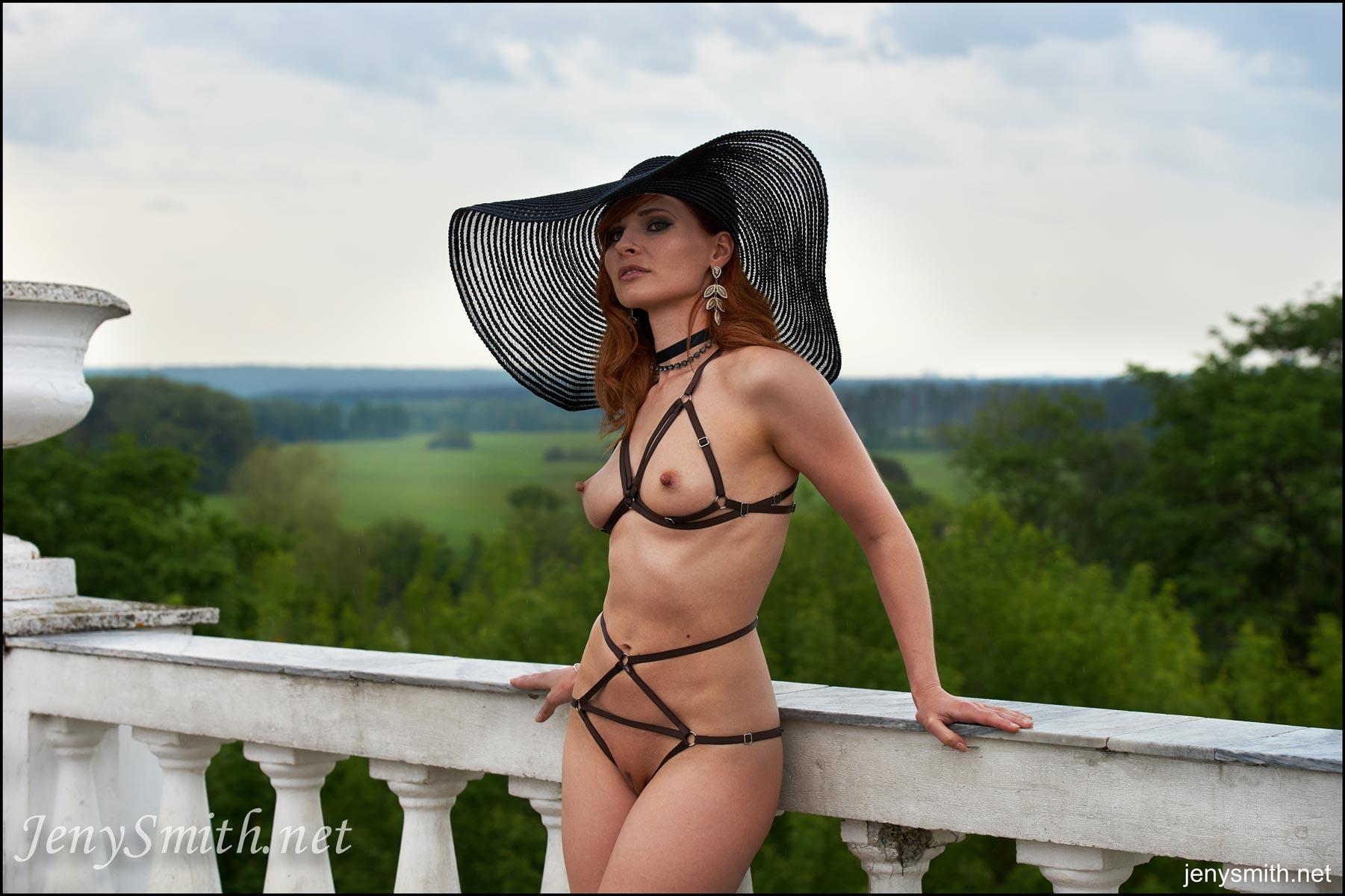 Jeny Smith Naked